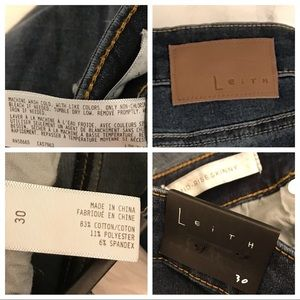 Leith Jeans - Leith Mid Rise Skinny Distressed Jeans Size 30